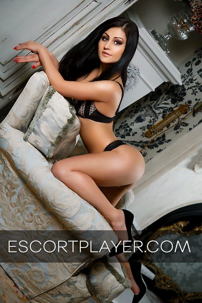 Outcall Amsterdam escort Betty